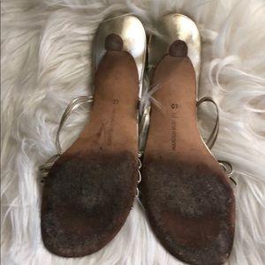 446b55cb710 Malono Blahtnik Shoes - Manolo Blahnik Gold Leather sandals so 40